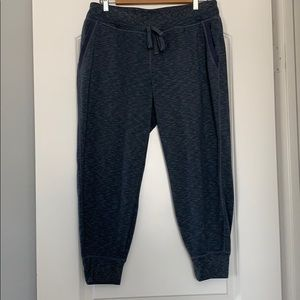 Athleta  cropped sweat pants Size M